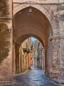 Lanciano, Chieti, Abruzzo, Italy: picturesque ancient narrow alley with archway in the old town