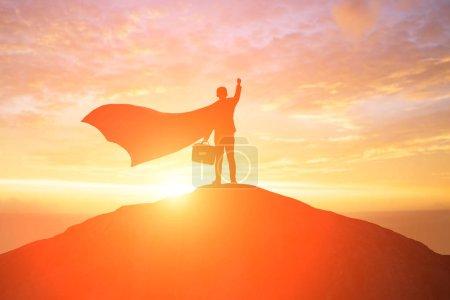 Foto de Silueta de super hombre de negocios de nuevo se siente emocionado - Imagen libre de derechos