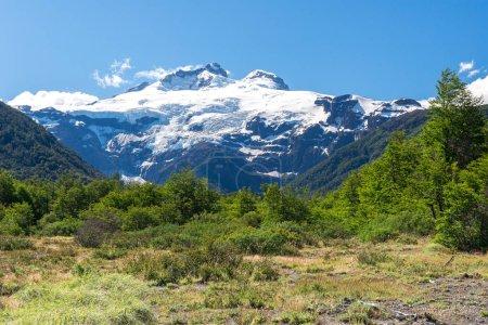 Photo pour Volcan Cerro Tronador, parc national Nahuel Huapi, Argentine - image libre de droit