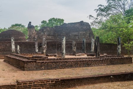 Potgul Vihara dans l'ancienne ville de Polonnaruwa, au Sri Lanka