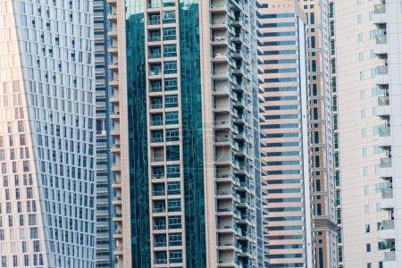 Photo pour Immeubles de grande hauteur de Dubai Marina, Émirats arabes Unis - image libre de droit
