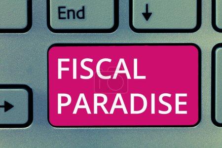 Photo pour Ecriture conceptuelle montrant le paradis fiscal. Photo d'affaires montrant le gaspillage de l'argent public est un sujet de grande préoccupation . - image libre de droit