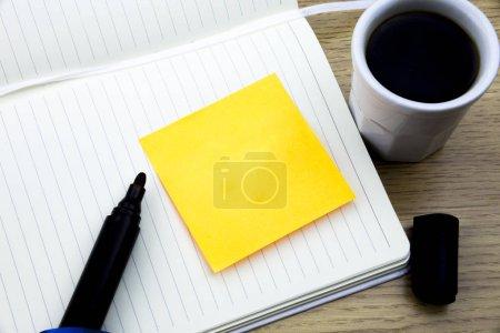 Photo pour Conception concept d'entreprise Publicité commerciale pour bannières de promotion de site Web vide publicité sur les médias sociaux. - image libre de droit