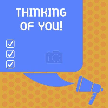 Photo pour Écriture remarque montrant Thinking Of You. Photo d'entreprise mettant en vedette pour avoir quelqu'un sur l'esprit, se rappelant une démonstration avec amour couleur Silhouette de Blank Square Speech Bubble et photo de mégaphone - image libre de droit