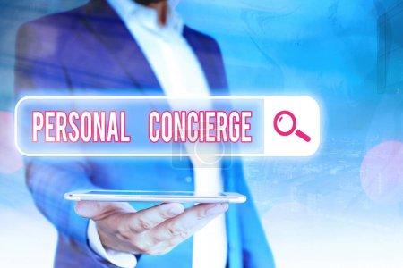 Photo pour Texte manuscrit Personal Concierge. Photo conceptuelle quelqu'un qui va prendre des dispositions ou faire des courses - image libre de droit
