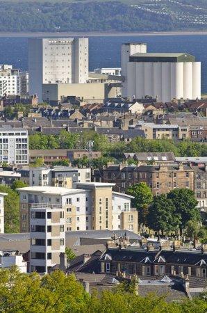 Photo pour Vue aérienne de la ville de Leith, Édimbourg - image libre de droit