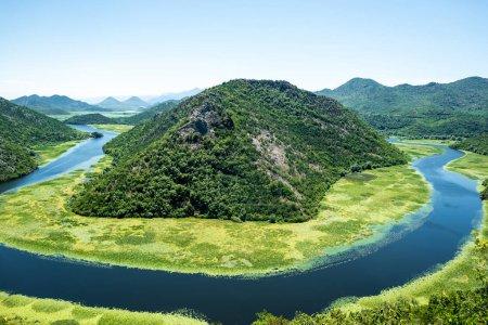 Photo pour Belle rivière Crnojevica (Rijeka Crnojevica) au Monténégro - image libre de droit