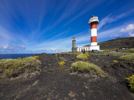 Photo pour Ancien et nouveau phare à Faro de Fuencaliente, Los Quemados, côte sud, La Palma, îles Canaries, Espagne, Europe - image libre de droit