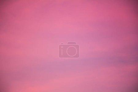 Foto de Purple violet Sunset sky - Imagen libre de derechos