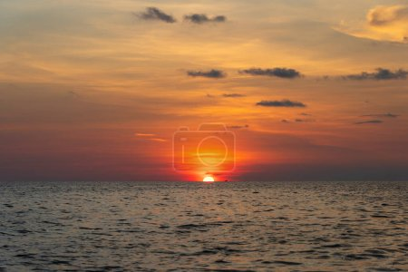 Photo for Landscape sunset on the island of Phu Quoc, Vietnam. Travel and nature concept. Evening sky, clouds, sun and sea water - Royalty Free Image