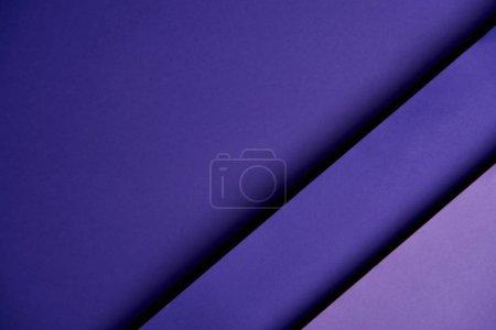 Photo pour Motif diagonale de papier en couleur pourpre - image libre de droit