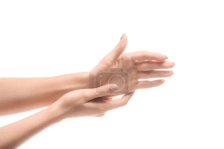 vista recortada de manos de la mujer tocar aislado en blanco