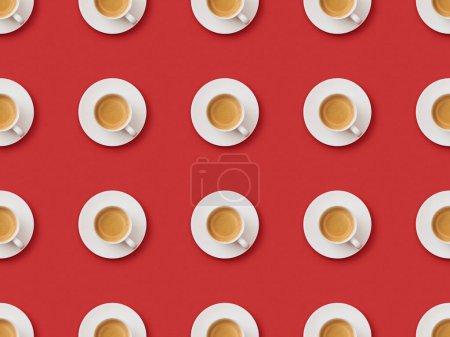 Photo pour Motif sans couture avec café dans des tasses et des soucoupes sur fond rouge - image libre de droit