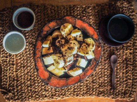 Photo pour Petit déjeuner frais. vue de dessus. dessert - image libre de droit