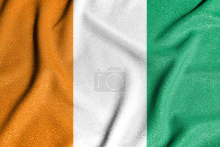 Photo pour Drapeau national de la Côte d'Ivoire. Le symbole principal d'un pays indépendant. Drapeau de la Côte d'Ivoire. 2021 - image libre de droit