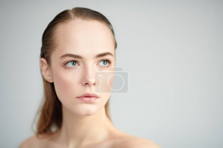 Photo for Beauty woman. Portrait of a beautiful blonde girl with natural make-up and perfect healthy skin. Fashion. Cosmetics, skincare and healthcare concept. - Royalty Free Image