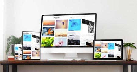 Photo pour Vue de face sensible portefeuille dispositifs Accueil site rendu 3d - image libre de droit