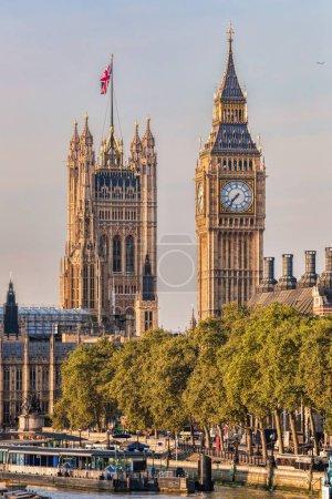 Photo pour Big ben et les chambres du Parlement à Londres, uk - image libre de droit