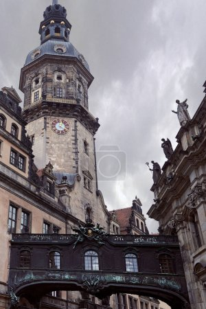 Photo pour Low angle view of old cathedral of holy trinity with statues on roof in Dresden, Germany - image libre de droit