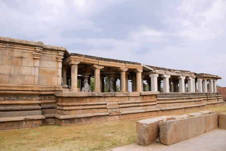 Panchakuta Basadi,or Panchakoota Basadi   Kambadahalli, Mandya district, Karnataka India It is one of the finest examples of South Indian Dravidian architecture of the Western Ganga variety, related to the Jain faith and iconography.