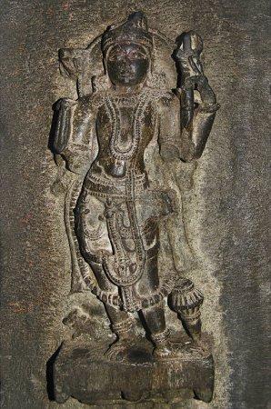 Photo pour Idole sculptée, vue intérieure du temple de Bhuleshwar, Pune, Maharashtra Inde - image libre de droit