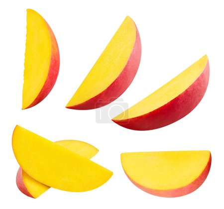 Foto de Colección de rebanada de mango aislado sobre fondo blanco trazado de recorte - Imagen libre de derechos
