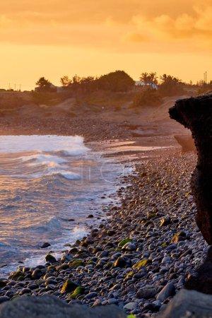 Photo pour Coucher de soleil à Pointe au Diable sur l'île de la Réunion - image libre de droit