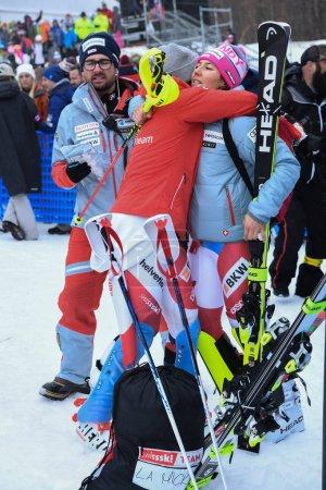 Photo pour Killington, Etats-Unis - 25 novembre: Une vue d'ensemble au Village du Festival et au peuple pendant le Slalom géant de Audi Fis Alpine Ski World Cup féminin sur 25 novembre 2018 à Killington Usa - image libre de droit