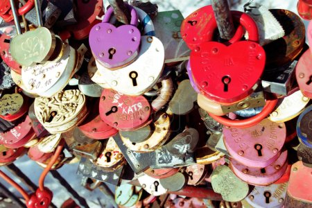 Youth tradition to hang locks