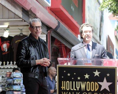 Los Angeles - Jun 14: Jeff Goldblum, Norm Eisen lors de la cérémonie honorant Jeff Goldblum avec une étoile sur le Hollywood Walk of Fame sur 14 juin 2018 à Los Angeles, Ca