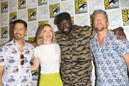 """SAN DIEGO - July 19:  Jay Hernandez, Perdita Weeks, Stephen Hill, Zachary Knighton at the """"Magnum PI"""" Press Line at the Comic-Con International on July 19, 2018 in San Diego, CA"""