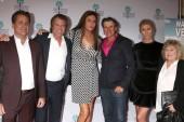 PALM SPRINGS - JAN 11:  James Van Patten, Vincent Van Patten, Caitlyn Jenner, Nels Van Patten, Sophia Hutchins, Pat Van Patten at the
