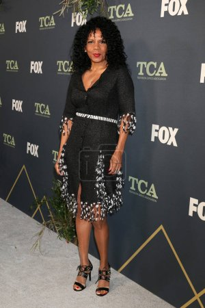 Photo pour Los Angeles - 1 février : Penny Johnson Jerald lors de la fête de Tca All-Star de Fox à la maison de figue sur 1er février 2019 à Los Angeles, Ca - image libre de droit