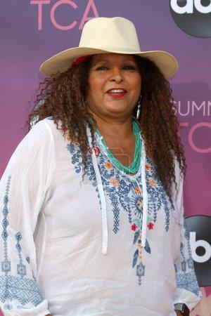 Photo pour LOS ANGELES - 15 AOÛT : Pam Grier à l'ABC Summer TCA All-Star Party à la SOHO House le 15 août 2019 à West Hollywood, CA - image libre de droit
