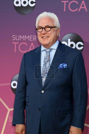Photo pour LOS ANGELES - 15 AOÛT : Vin Di Bona à l'ABC Summer TCA All-Star Party à la SOHO House le 15 août 2019 à West Hollywood, CA - image libre de droit