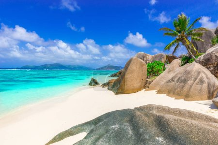 Photo pour Anse Source d'Argent - Plage sur l'île de La Digue aux Seychelles - image libre de droit
