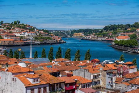 Photo pour Porto - Ville viticole au Portugal - image libre de droit
