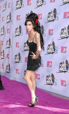 Photo pour Amy Winehouse aux arrivées pour les MTV MOVIE AWARDS 2007 - ARRIVALS, Gibson Amphitheatre at Universal Studios, Universal City, CA, 3 juin 2007. Photo de : Michael Germana / Everett Collection - image libre de droit