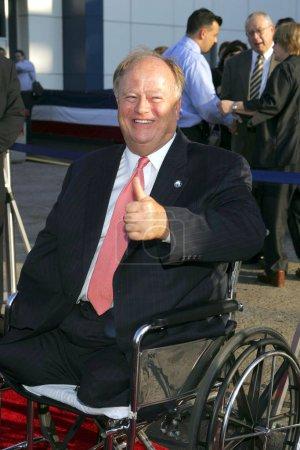 Senator Max Cleland at arrivals for The Great Raid...