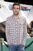Zachary Quinto at arrivals for Los Angeles Premiere of EVAN ALMIGHTY, Gibson Amphitheatre at Universal Studios, Los Angeles, CA, June 10, 2007. Photo by: Michael Germana/Everett Collection