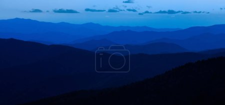 Photo pour Bleu de Smokey Mountains National Park - image libre de droit