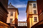 """Постер, картина, фотообои """"Городские сцены с зданий и синий пасмурное небо в Копенгагене, Дания"""""""