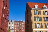 """Постер, картина, фотообои """"низким углом зрения красивых исторических зданий и голубое небо., Копенгаген, Дания"""""""
