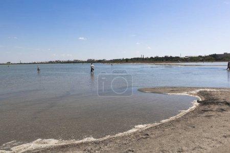 Photo pour Lac de Lucie au sein de la ville d'Evpatoria du resort, Crimée, Russie - image libre de droit