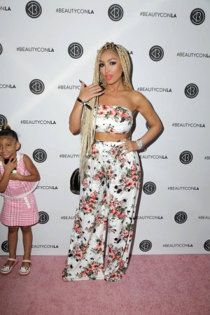 Photo for Angel Brinks, Amani at the Beautycon Festival LA 2018, Los Angeles Convention Center, Los Angeles, CA 07-14-18 - Royalty Free Image