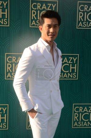 """Photo pour Pierre Png à la première """"Crazy Rich Asians"""", TCL Chinese Theater, Hollywood, CA 08-07-18 - image libre de droit"""