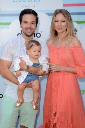 Photo pour Nathan Kress au 7e événement annuel Celebrity Red Carpet par New Bloom Media benefiting Baby2Baby présenté par Step2, Sony Studios, Culver City, CA 22-09-18 - image libre de droit