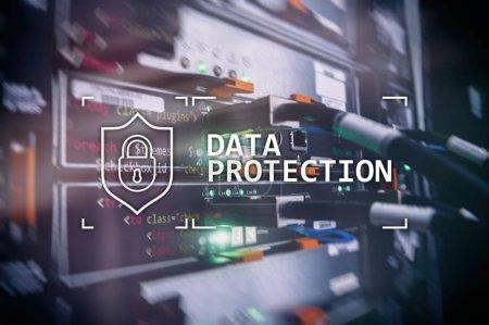 Photo pour Protection des données, sécurité informatique, des renseignements personnels. Concept de l'Internet et de la technologie. Fond de salle serveur. - image libre de droit