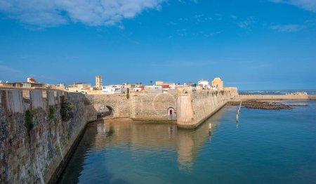 Photo pour Vue panoramique de Mazagan à El Jadida, Maroc. La muraille autour de la vieille ville. C'est une ville portuaire fortifiée portugaise inscrite au patrimoine mondial de l'UNESCO. Panorama - image libre de droit