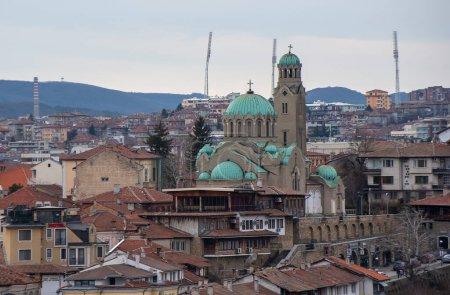 Photo pour Temple cathédrale Nativité de l'église Marie (Naissance de la Sainte Mère ou Rozhdestvo Bogorodichno) à Veliko Tarnovo, Bulgarie. orthodoxe oriental - image libre de droit